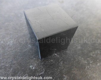 Shungite or Shungit Cube - 30 mm / 72.1 grams  (14) - FREE UK POSTAGE
