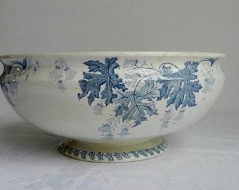 Lunéville K&G Murat Saladier ancien au décor fleuri bleu