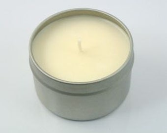 Blackcurrant and Nectarine soy wax candle tin