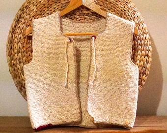 Knitted vest made of pure wool