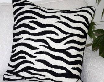 Kashmir handembroided cushion 50X50cm
