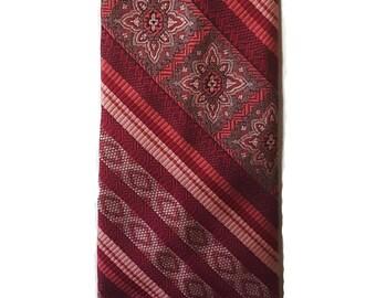 Vintage Tie, Vintage necktie, 1970's tie,  necktie, anchor man tie,Roron burgundy tie, extra wide necktie, Adult Halloween costume