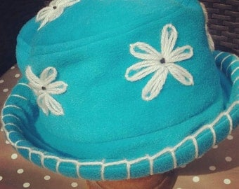 Turquoise home grown daisy hat
