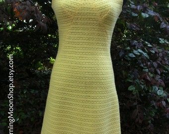 MOD CROCHETED DRESS, sweater dress, Vintage 60s Hippie Boho, Bright Yellow Wool, Mad Men fashion, Sleeveless Short Sheath, Knee-Length xS