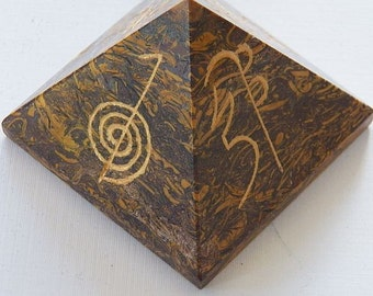 Large 75 MM CALLIGRAPHY Script Stone PYRAMID, Usui Reiki Symbol Engraved, Sacred Geometry