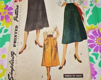 """Simplicity  Sewing Pattern - 1952 - woman's 'Simple to Make' skirt - waist 36"""" - MPN 4179 - used & complete"""