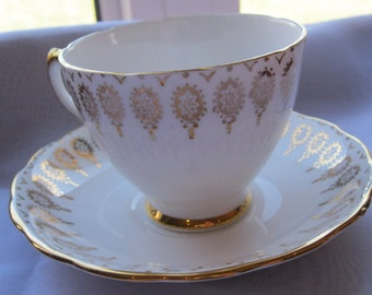 Regal Royal Vale Gold and White Tea Cup