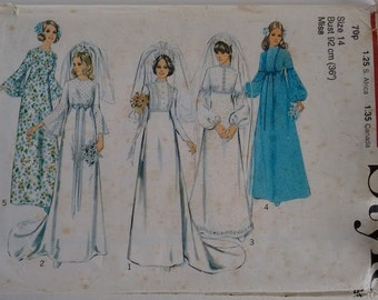 Vintage 1970's Style 3921 Sewing Pattern Wedding Dress Gown Bridal Bridesmaid Classic Simple Elegant