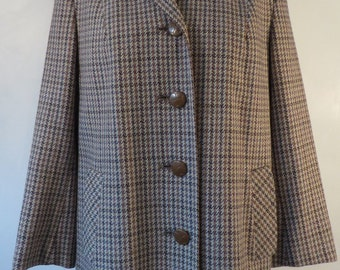 Vintage Ridella wool classic tweed coat, 1960s. Pure new wool, fantastic tailoring & buttons. Lined, immaculate. UK size 18, US 16, EU 46.