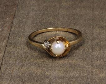 Estate, 10K Yellow Gold Pearl & Diamond Ring