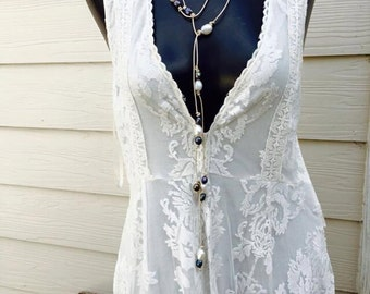 Leather and pearl long necklace