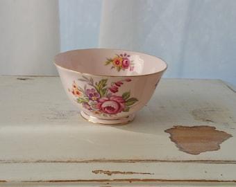 """Tuscan Fine English Bone China Sugar Bowl """"Montrose"""" Design Pink"""
