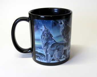 Coffee Mug - Wolves / Wolf against black background