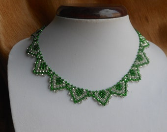 Little green necklace Beaded necklace Jewelry beads Small beads necklace Bib necklace Everyday necklace seed bead necklace Beaded collar
