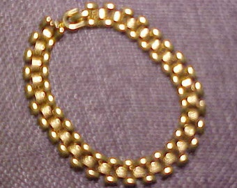 Bracelet, Gold Plated in excellent order.  Ready to wear.  FREE shipping in the USA