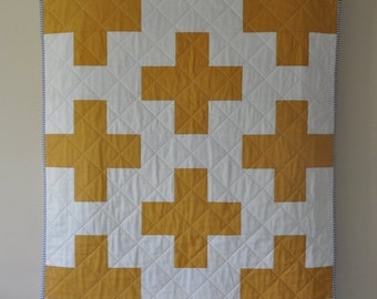 Mustard and White Plus Quilt, Plus Crib Quilt, Mustard and White Crib Quilt, Modern Crib Quilt, Modern Plus Quilt