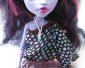 Doll clothing jewelry tiny pendant silver tone chain high fashion sixth scale dollhouse miniature collector ever after monster high Blythe