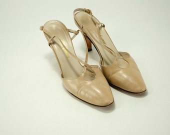 Saks Fifth Avenue ~ Vintage Taupe Sling Back Pumps ~ Size 6 1/2 AA