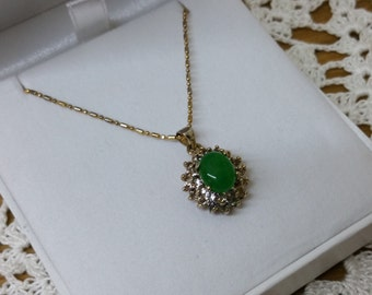 Chrysoprase necklace & pendant gold plated crystals SK899