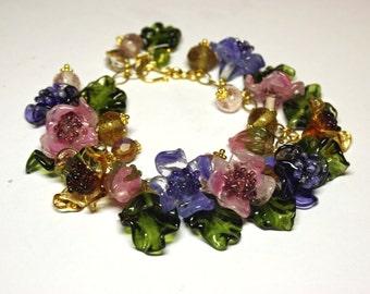 Handmade lampwork bracelet with glass flowers, glass bracelet, lampwork flower bracelet,  floral bracelet, beaded bracelet, artisan glass