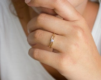 Simple diamond ring - unique engagement ring - dainty diamond ring - gold diamond ring - diamond promise ring - gold wedding ring