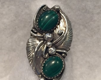 Native American Malachite & Sterling Ring with Feathers - CA 1950's - Size 7.5