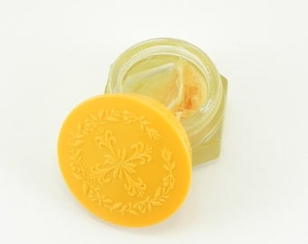 FREE SHIPPING Unique Vintage Avon Collectible Honeysuckle Cream Sachet Vanity Jar Solid Perfume Lip Balm Container Retro Style ItemAW396
