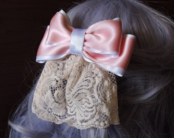 Lolita Hair bow // Lace hair bow // pink and white hair bow