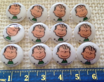Vintage Snoopy's Character: Linus, round Buttons, Pack of 12 Buttons, Great for Sewing, Knitting and Craft supplies, etc.