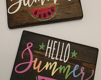 "Handmade wood sign ""Hello Summer"""