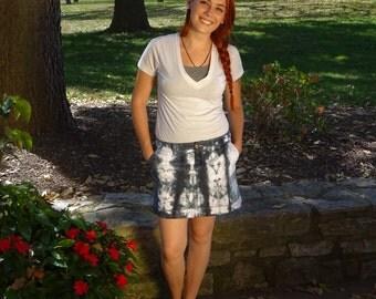 tie dye, black and white, mini skirt, size 6