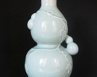 Celadon Gourd Vase, Chinese