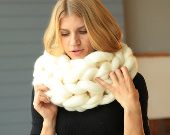 SALE! Super Chunky Scarf, Knitted Scarf, Knit Scarf, Wool Knit Scarf, Chunky Knit Scarf, Wool knit Scarf, Gift for her