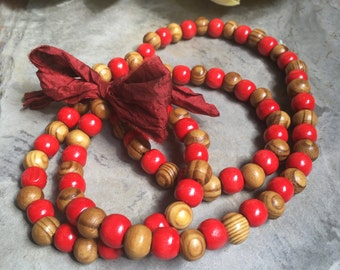"Necklace ""Red wood"""