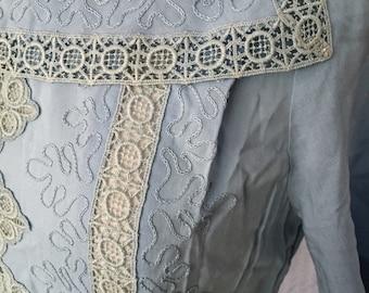Vintage 1950s Lé Vine Embroidery and Lace Sun Dress