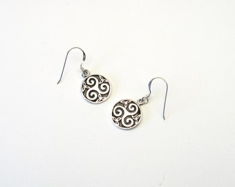 Sweet silver Celtic Triskele Triskilian 925 earrings