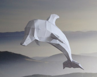 Dolphin paper statuette (LowPoly). DIY paper  decoration. Decorate your home. Paper statuette. LowPoly