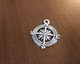 10pcs - Antique Silver Compass Charm #etsy - 30mm x 25mm - Travelling Charms - Bulk Charms - Jewelry Supplies c7
