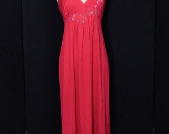Vintage Red Nightgown by Vanity Fair Size Petite Medium