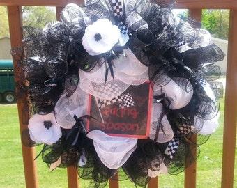 Racing Season 20 inch wreath