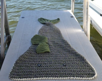 Largemouth Bass Fish Crochet Blanket