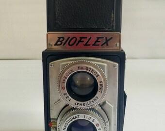 Vintage camera . Bioflex Tokiwa seiki 6x6 TLR-1951. Japanese made twin lens reflex camera. Rare.  Gift for Photographer.