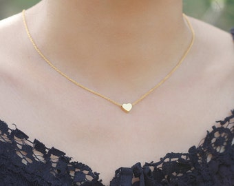 Dainty Heart Charm Necklace, Gold SIlver Tiny Heart Necklace, Birthday Gift, Girlfriend Gift,