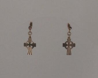 9k GOLD Cross Earrings - KD1320