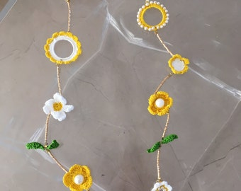 """Long crochet necklace """"Twisted Daisies"""" with assorted daisies and golden bead details-FLORAL COLLECTION"""