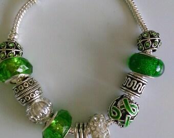 Bracelet charms, green, charms
