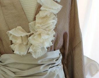 Kimono linen honey and silk belt with a pink powder