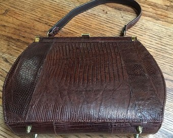 Beautiful Vintage Alligator Purse, Nice Rich Dark Brown, Alligator Handbag, Evening Bag. Leather lined, 1960s Purse. Perfect Condition Retro