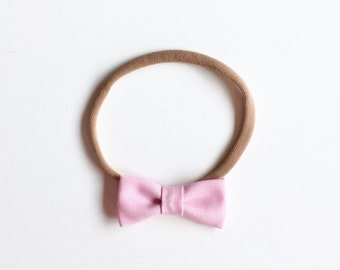 "Baby headband with bow * small hair bow ""Amy"" baby pink"