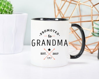 Pregnancy reveal Grandma to be Grandma mug Grandma gift Grandmother mug Grandparents mug Pregnancy announcement New grandma gift Coffee mug